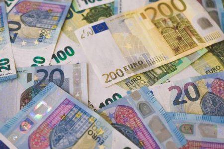 25 métiers qui rapportent 5000 euros par mois (ou plus) en 2021