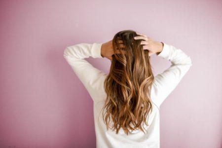 Vendre ses cheveux (cher) : la méthode complète (en 6 étapes)